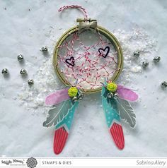 Learn how to make this kitschy cute dream catcher ornament using stamps, ink and a few accessories. Dream Catcher Mobile, Feather Dream Catcher, Dream Catchers, Mobiles, Dream Catcher Tutorial, Blowin' In The Wind, Valentine Crafts For Kids, Flower Crafts, Paper Goods