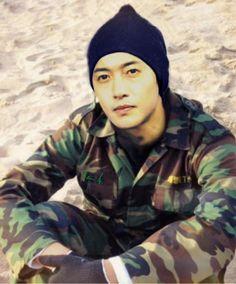 fan art of KHJ dressing militar uniform./ 15.v.20