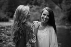 Best friend senior picture ideas for girls