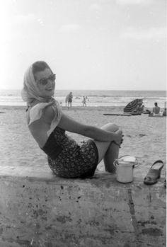 1950s, beach - Oh boy, does this look familiar!