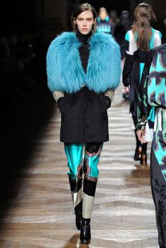Dries Van Noten Fall 2012 Ready-to-Wear - Collection - Gallery - Style.com