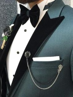 Product :vest Grooms Color code :greenSize Suit material: viscose poly Machine washable : No Fitting :Slim-fit Remarks: Dry Cleaner Season : 2019 Spring Wedding Season Indian Men Fashion, Big Men Fashion, Mens Fashion Suits, Mens Suits, Men's Fashion, Slim Fit Tuxedo, Tuxedo Suit, Tuxedo For Men, Green Wedding Suit