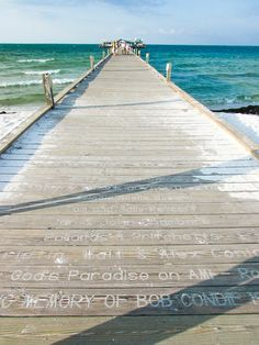 Anna Maria Island Vacation, perfect for families craving an Old Florida getaway. Read about it by pressing the button