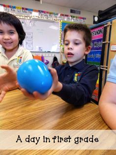 This blog provides a great science activity focusing on the states of matter for first grade students. The balloons are filled with air, water, and ice. Students can then feel how heavy they are, water happens when they are dropped, and other characteristics of the states of matter. This hands-on approach to teaching engages students and motivates them through the kinesthetic approaches.