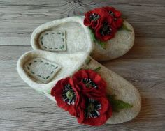 Women's slippers with flowers Poppies Handmade slippers