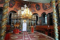 În interiorul bisericii Ghika Tei.