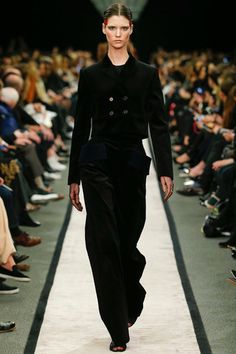 Givenchy Fall 2014 Ready-to-Wear Collection Slideshow on Style.com