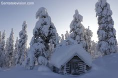 Europe Video Productions travel film: Winter in Lapland, Finland: Pello at the Arctic Circle in Finnish Lapland. Discover the winter tourism of Pello, the fi. Snowy Pictures, Nature Pictures, Laura Lee, Lapland Finland, Lappland, Arctic Circle, Winter Activities, Photos Du, Winter Wonderland