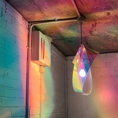 Iridescent Refractions in the entrance of Metamirrorism. light as a form of therapy 💡💿✨ Home Design Decor, House Design, Interior Design, Luminaire Design, Light Art, Installation Art, Lighting Design, Decoration, Interior And Exterior