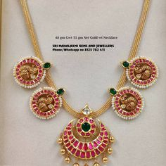 Check out this stunning light weight kemp necklace by the brand MLJ Gold. Pearl Necklace Designs, Gold Earrings Designs, Gold Necklace, Antique Jewellery Designs, Gold Jewellery Design, Gold Jewelry Simple, Light Weight Gold Jewellery, Jewelry Patterns, South India