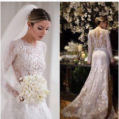 Wedding Dressses, Wedding Gowns, Junior Santaella, Bridal Robes Getting Ready, Most Beautiful Wedding Dresses, Weeding Dress, Best Friend Wedding, Lace Weddings, Wedding Photoshoot
