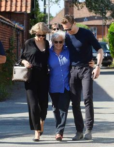 The pair have had quite the romantic weekend, which they spent in Tom's hometown of Ipswich. Despite the pair only having dated for nine days, the trip began with Taylor meeting Tom's mum. And look how close they are already.