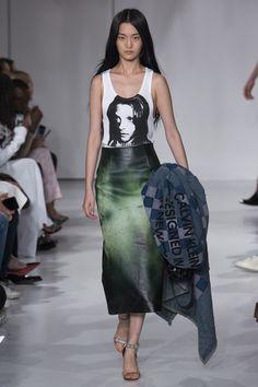 Calvin Klein Spring/Summer 2018 RTW - Fashion Style Mag