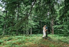 #Woodland / #bohemian inspired Wedding Couple in enchanting forest in Nova Scotia! #love #wedding #bridal #bouquet #forest #beautiful #flowers