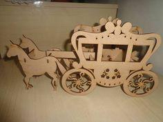 Graciosa carruagem acompanhada de dois lindos cavalos Stencil, Cnc Wood, 3d Puzzles, Love Gifts, Laser Cutting, Wood Projects, Ideas, Crafts, Design