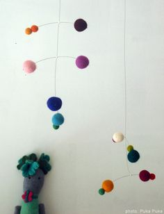 Puka Puka Modern Art Mobiles | Babble