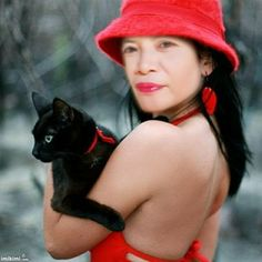 Beauty With Cat