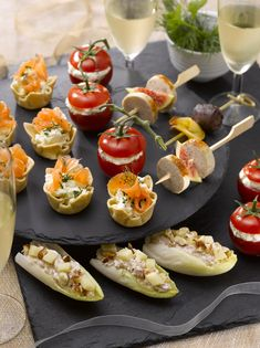 """Need ideas for the realization of small """"aperitifs"""" by the end of the year? Healthy Appetizers, Appetizers For Party, Healthy Snacks, Dessert Party, Unique Recipes, Organic Recipes, Sandwich Buffet, Veggie Recipes, Snack Recipes"""