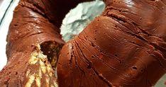 ΥΛΙΚΑ: 1 με 2 κουβερτούρες(Παυλίδης η γιωτης) 1 κούπα κακάο άγλυκο 1 ζαχαρούχο γάλα 1 Βιτάμ πλάκα 3 κουταλιές σούπας κονιάκ Μισή ... Mcdonalds Apple Pie, Cooking, Baking, Kitchen, Cuisine, Koken, Brewing, Kochen