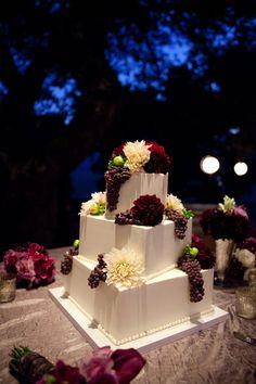 Wedding Cake - Photography by travishoehne.com, Floral Design by fleursfrance.com, Wedding Planning by a-dreamwedding.com
