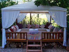 Absolute must have! Outdoor Rooms, Outdoor Living, Outdoor Furniture, Outdoor Decor, Backyard Seating, Patio, Backyard Ideas, Garden Ideas, Turkish Decor