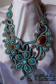 Soutache Pendant, Soutache Necklace, Boho Jewelry, Beaded Jewelry, Beaded Necklaces, Cartier Jewelry, Bead Embroidery Jewelry, Homemade Jewelry, Pearl Chain