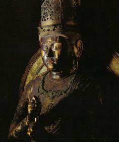 "大日如来坐像-dainichinyoraizazou- (mahaavairocana) Special Buddha who appears in ""真言密教 (Shingon mikkyou)"" -- the highest Buddha. The work of an engraver 運慶. 円成寺(enjyouji)"
