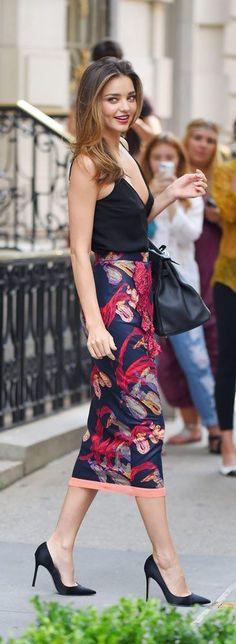 street style / Miranda Kerr gorgeous pattern print skirt