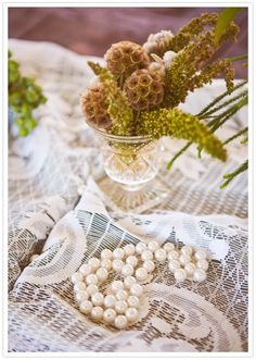 pearls and lace table decor