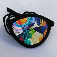 Deze Eye Patch stof met kleurenfantasie is gemaakt op speciaal verzoek en is standaard in het leverprogramma opgenomen.