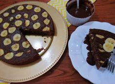 Imagine aquela vontade de comer um bolo de chocolate… todo mundo tem! Agora imagine matar a vontade de comer um bolo de chocolate, só que de maneira saudável… todo mundo precisa! A receita do Bolo de Chocolate com Banana (Funcional) …
