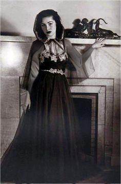 Fawzia Fouad (née Princesse égyptienne), première épouse et Reine consort de Mohammad Reza Pahlavi, le dernier Chah d'Iran de 1939 jusqu'à 1948