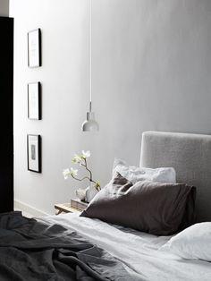 Purple Area: Nyanser av grått i sovrummet