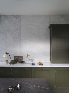 The classic English kitchen updated: Plain-English's Mapesbury Estate kitchen | Remodelista