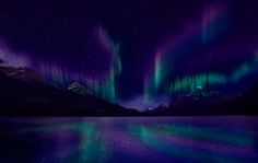 What ethereal beauty.  I know if I should catch a glimpse of the Northern Lights, it won't be anything like this.