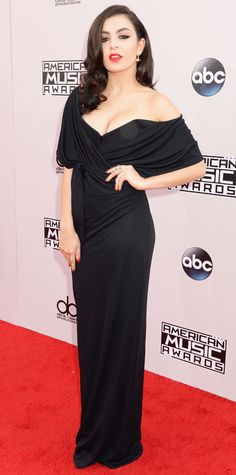 The Best Looks from the 2014 American Music Awards - Charli XCX from #InStyle: in Vivienne Westwood red label.