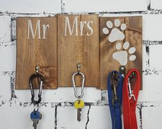 Items similar to Mr and Mrs Rustic Wall Key and Lead Holder - Dog Owner Christmas Gift - Couples Anniversary Gift on Etsy Gifts For Dog Owners, Dog Lover Gifts, Dog Gifts, Christmas Gifts For Couples, Anniversary Gifts For Couples, First Home Gifts, New Home Gifts, Rustic Signs, Wooden Signs