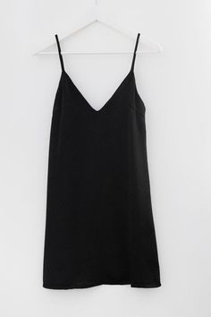 - Minimal slip dress - V neckline and V back - Spaghetti straps - Pairs perfectly with a long sleeve mock neck crop top! - Beautiful shiny and soft satin material - Available in Black or Blush - Fully Look Man, Look Girl, Love Fashion, Fashion Outfits, Summer Outfits, Cute Outfits, Modest Dresses, Dress To Impress, Street Style