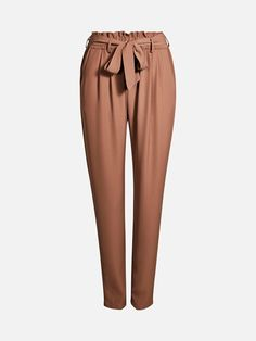 High waist paper bag pants. Tapered legs. Elastic waistline with tie band. Side pockets. Brun