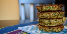 Basil Quinoa Cakes - Ancient Grains, High Protein, Fresh Herbs - Good Eats And Great For Your Body! Healthy Cooking, Healthy Snacks, Healthy Eating, Cooking Recipes, Dinner Healthy, Clean Eating, I Love Food, Good Food, Yummy Food