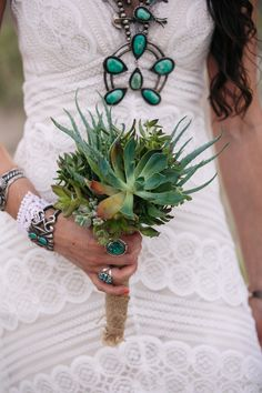 A scenic outdoor wedding in Abiquiú, New Mexico by Kendall Pavan Photorgraphy - Full Post:  http://www.brideswithoutborders.com/inspiration/scenic-outdoor-wedding-in-abiquiu-new-mexico-by-kendall-pavan-photography