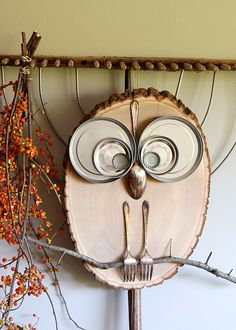 Homemade wood crafts to sell easy crafts to make and sell wood slice owl decor cool . homemade wood crafts to sell Owl Crafts, Adult Crafts, Crafts To Sell, Decor Crafts, Rustic Crafts, Fall Crafts For Adults, Easy Fall Crafts, Crafts For Seniors, Craft Projects For Adults