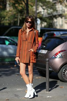80 French Style Lessons To Learn Now #refinery29  http://www.refinery29.com/2014/10/75565/paris-street-style-photos-fashion-week-2014#slide26  Don't: Overload the look when two great pieces will do.