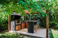 Outdoor Barbeque, Barbecue, Parrilla Exterior, Casa Loft, Terrace Design, Home Room Design, Outdoor Landscaping, Farmhouse Style, Pergola