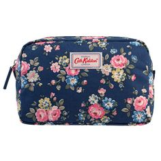 Latimer Rose Overnight Pouch | Cath Kidston |