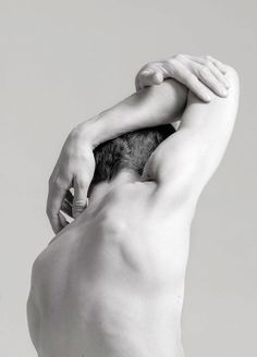body photography The beauty of shame Human Reference, Figure Drawing Reference, Anatomy Reference, Art Reference Poses, Photo Reference, Hand Fotografie, Photographie Art Corps, Kreative Portraits, Body Art Photography
