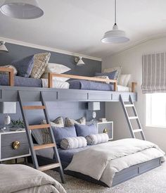 """Kathy Kuo on Instagram: """"This bedroom proves that bunk beds can be sophisticated, too. There are so many thoughtful details that make this design even more special…"""" Bunk Bed Rooms, Bunk Beds Built In, Loft Bunk Beds, Full Bunk Beds, Build In Bunk Beds, Built In Beds For Kids, Bunk Bed King, Bunk Beds For Girls Room, Cabin Bunk Beds"""