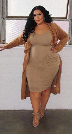Stylish Plus-Size Fashion Ideas – Designer Fashion Tips Curvy Women Fashion, Look Fashion, Fashion Outfits, Womens Fashion, Fashion Trends, Trendy Dresses, Plus Size Dresses, Plus Size Outfits, Fall Dresses
