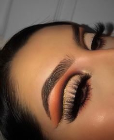 Gorgeous Makeup: Tips and Tricks With Eye Makeup and Eyeshadow – Makeup Design Ideas Makeup Eye Looks, Beautiful Eye Makeup, Eyeshadow Looks, Pretty Makeup, Eyeshadow Makeup, Eyeshadows, Pigment Eyeshadow, Gold Eyeshadow, Intense Eye Makeup