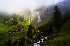 Discover magical and unknown places in Switzerland. Weekend Trips, Day Trips, Places In Switzerland, Hiking Tours, Lake Mountain, Special Pictures, Seen, Secret Places, Mountain Landscape